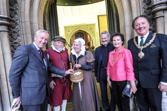 01/10/15 Church heritage centre opens 01/10/15  Gt Saint Marys Cambridge  Church Heritage Centre Opening  From Left Lord Lt Sir Hugh Duberley  'Tom Diccon'  Sith  Rev John Binns  Sandra Dryden and Mayor of Cambridge Cllr Robert Dryden   Picture:Richard Patterson